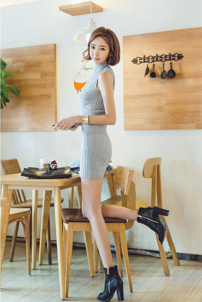 身材高挑的短发长腿美女